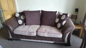 3 piece sofa. 1 x 3 seater, 2 x chairs