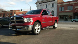 2014 Dodge Power Ram 1500 SLT 4X4 NAVIGATION  50,000 KMS!!