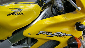 2001 Honda VTR 1000