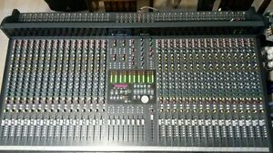Console soundcraft ghost 32