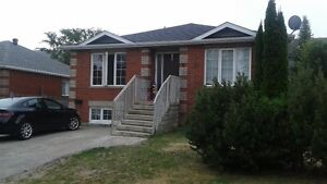 Barrie South 3 Bedroom Apartment (ALL INCLUSIVE )open 4 showings