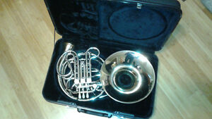 Conn Professional Model 9DS Double French Horn