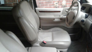 2000 Ford Windstar LIMITED Leather Interior 118,000 low km
