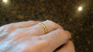 22k yellow gold wedding band ..  approx size 6.5 from UK