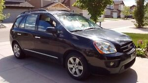 2009 Kia Rondo EX Wagon/7 seats low KM