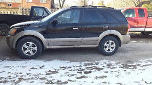 2005 Kia Sorento SUV, Crossover