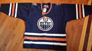 Authentic NHL Oilers Jersey with tie down straps