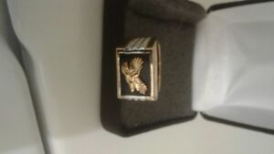 Beautiful Gold Plated Raised Eagle Ring