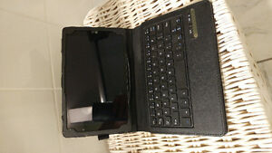 LG G Pad III New with keyboard case