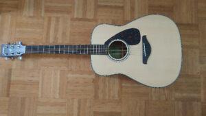 Yamaha FG800 Guitar + Hardcase