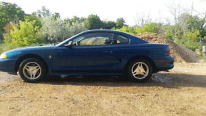 1998 Ford Mustang - Low KMs - Good Condition