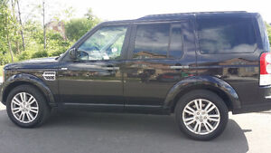 2011 Land Rover LR4 LUX SUV, Crossover