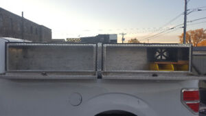 8ft top side tool box $400 obo