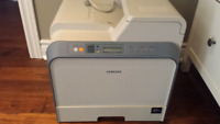 Samsung CLP-600N color laser printer for repairing or parts