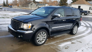 2007 Chrysler Aspen Limited 4x4. $6200 OBO!!