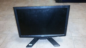 Acer 15.6'' Computer Monitor in Good Condition