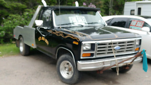 84 ford f150.  4x4