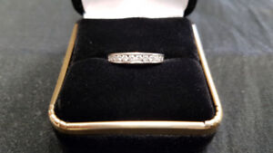 14K White Gold Ladies Diamond Band