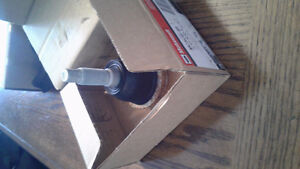 Lower ball joints new in box, Ford Expedition