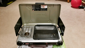 Coleman grill stove, perfect condition
