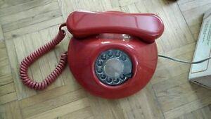 Northern Telecom QSQM 440A rotary phone