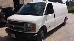WE ARE PARTING OUT A 1998 CHEVY EXPRESS 3500 Windsor Region Ontario image 1