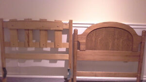 Solid wood headboards West Island Greater Montréal image 1