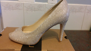Champagne/ gold heels  Le Chateau