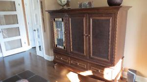 Meuble TV et meuble Audio en merisier avec vitrail - 2 meubles