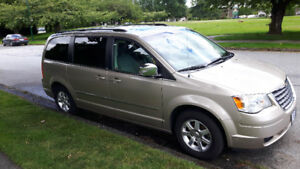 2009 Chrysler Town & Country Turing 4.0l