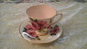 FINE BONE CHINA TEACUP, WHITE AND PINK, OLD ROYAL, ENGLAND
