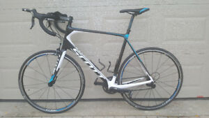 Like New - 2014 Scott Solace 30- Full Carbon - Shimano 105 -61cm