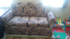 love seat pull out