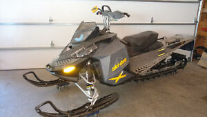 2008 Summit X Mountain Sled