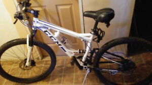 TRADE BIKE FOR  COMPUTER TOWER...$680 NEW !