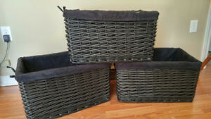 Black Baskets w/liners