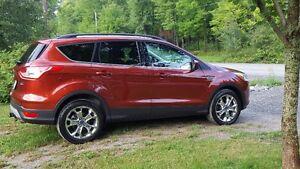 2014 Ford Escape SE. AWD Gatineau Ottawa / Gatineau Area image 2