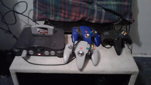 N64 with 3 controllers no games