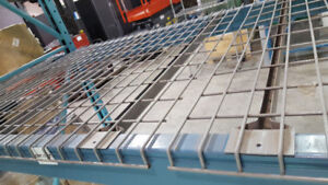 GRILLAGES MESH ‎POUR RACKING/RACKING WIRE MESH DECKING