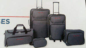 5 pc Outbound luggage set