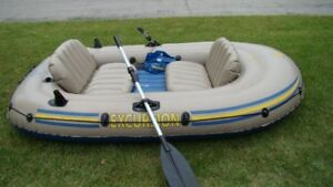 Inflatable boat - 3 person intex excursion