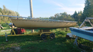 "Clarecraft 20ft ""cygnus"" sail boat w/ fixed keel and trailer"