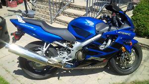 2006 CBR600F4i  - Super condition