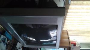 Older TV 27 in free
