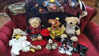 Build a Bear - Huge bundle with bears and complete outfits