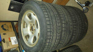 Set of 4 Steel Wheels and Winter Tires