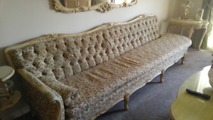 Sofa antique Louis VX 9' de long