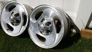 "16"" Dodge Ram Alloy Wheels with Centre Caps Strathcona County Edmonton Area image 2"