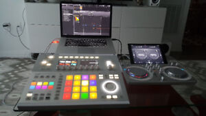 NI Maschine StudioGroove Workstation