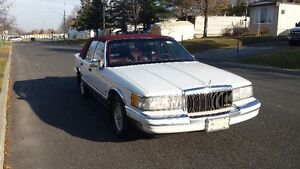 1990 Lincoln Town Car Edition limited